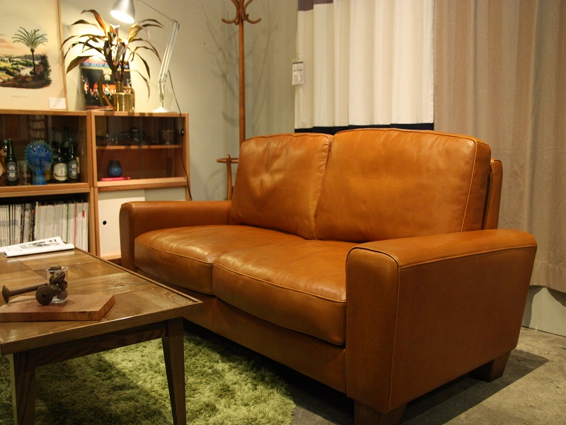 ACME FUNITURE 「FRESNO SOFA」が入荷しました